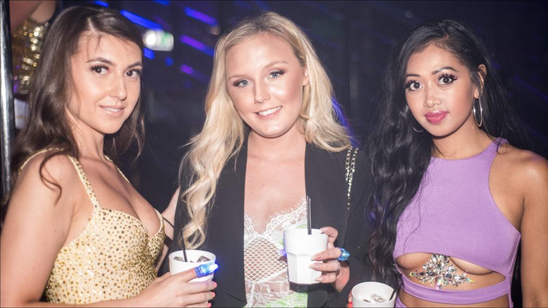 Loop Bar Glitter Party